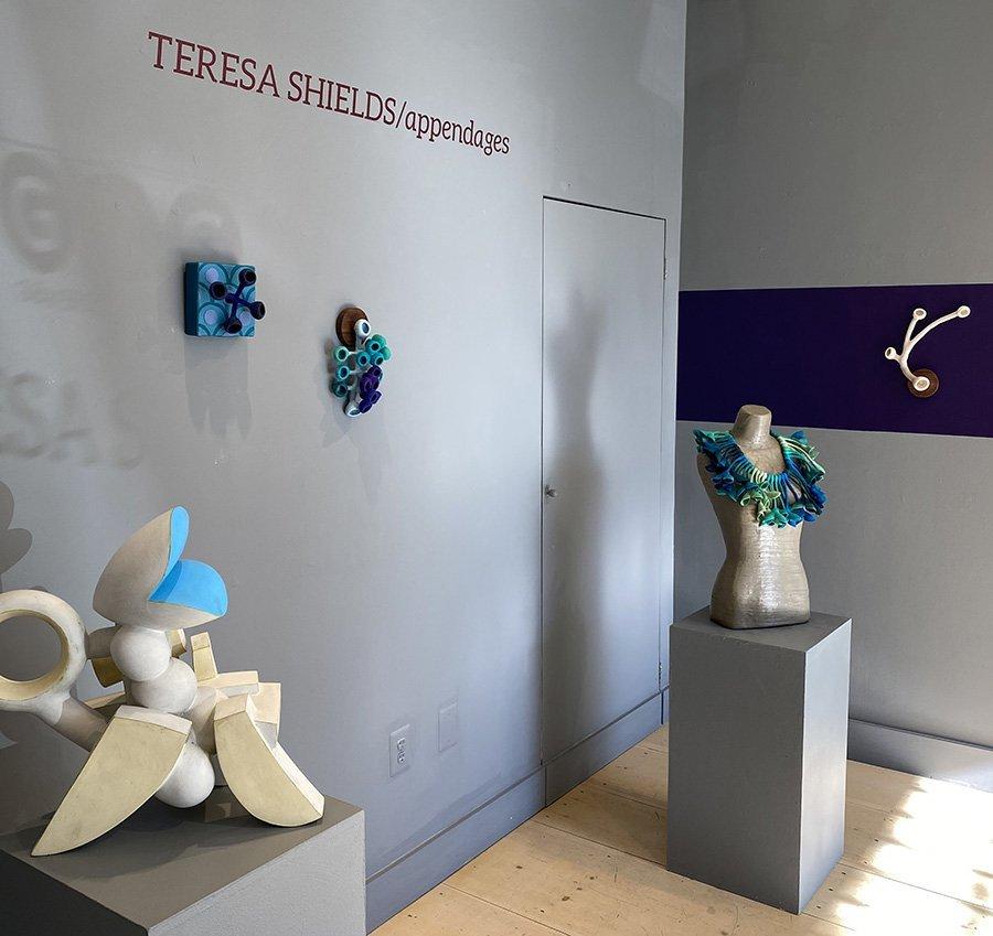 Teresa Shields, appendages solo
